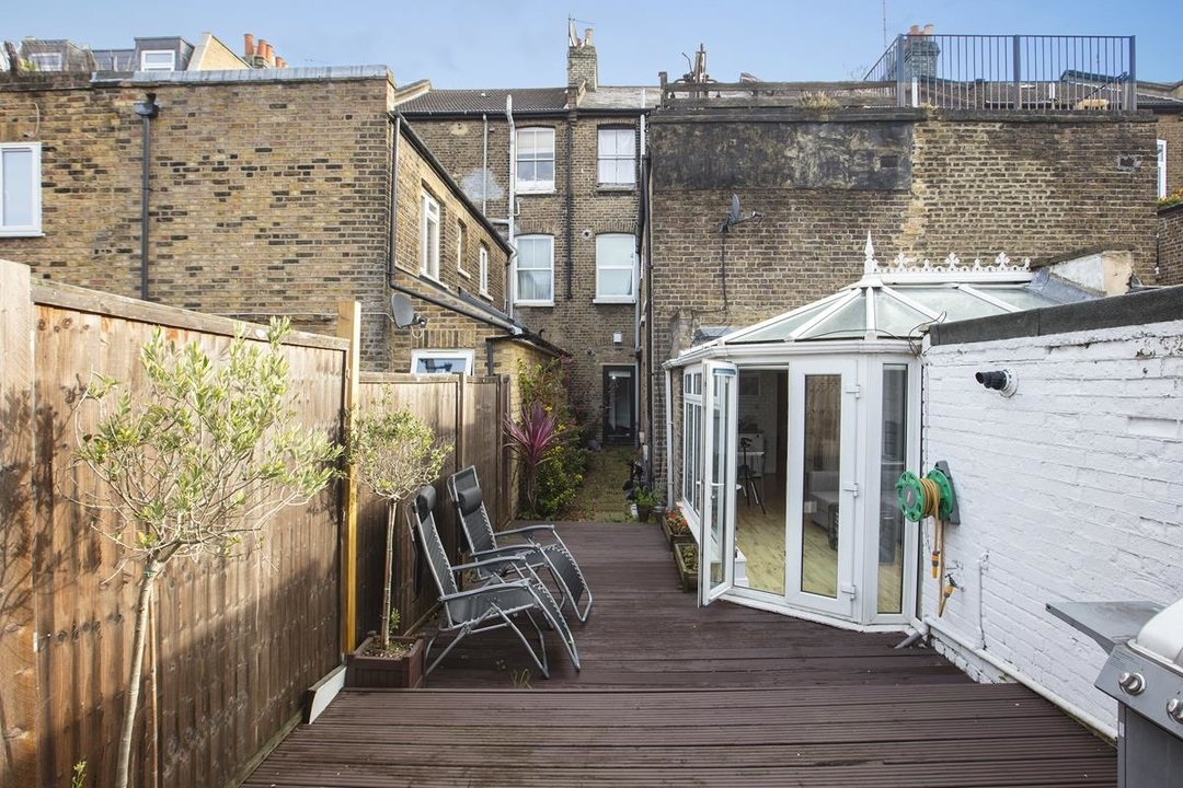 Flat - Conversion For Sale in Morrish Road, SW2 200 view3