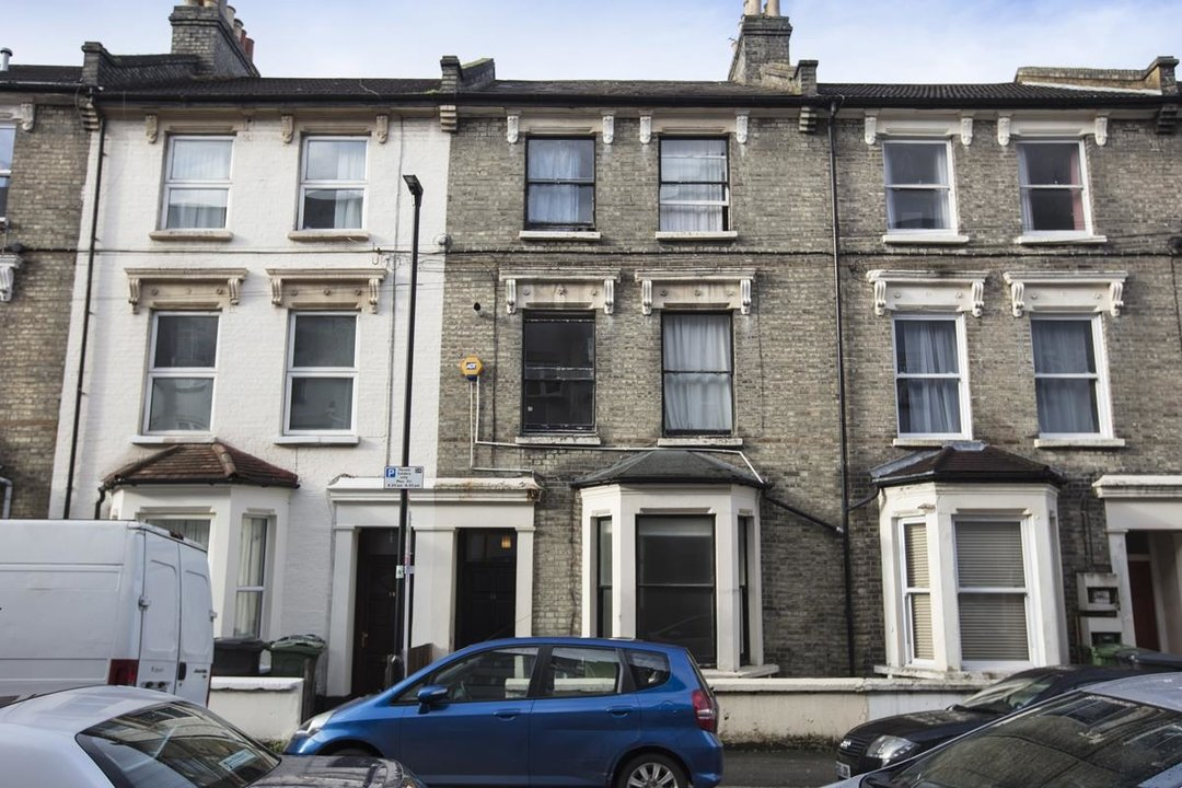 Flat - Conversion For Sale in Morrish Road, SW2 200 view10