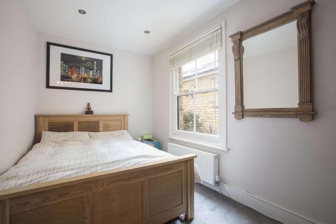 Flat - Conversion For Sale in Morrish Road, SW2 200 view7