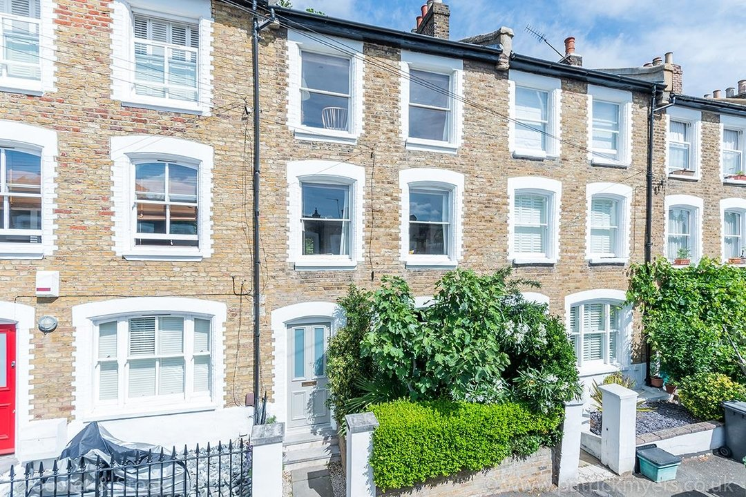 House - Terraced Sale Agreed in Mount Ash Road, SE26 116 view1