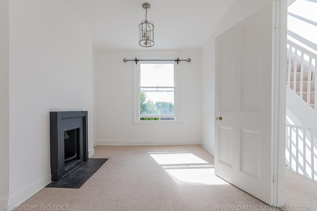 House - Terraced For Sale in Mount Ash Road, SE26 131 view9