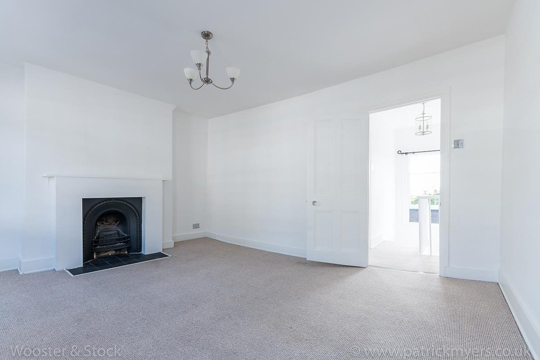 House - Terraced For Sale in Mount Ash Road, SE26 131 view13