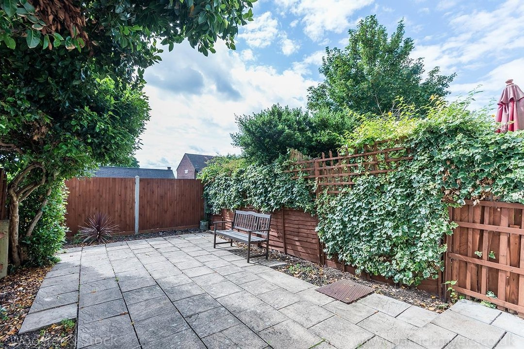 House - Terraced For Sale in Mount Ash Road, SE26 131 view8