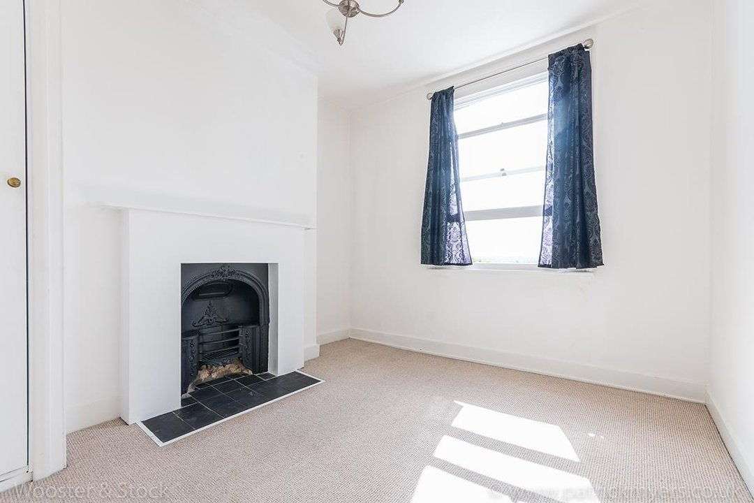House - Terraced For Sale in Mount Ash Road, SE26 131 view14