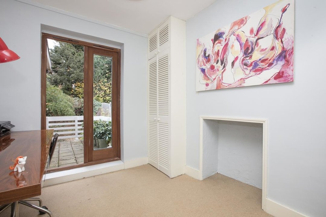 House - Terraced For Sale in Mount Ash Road, SE26 239 view12