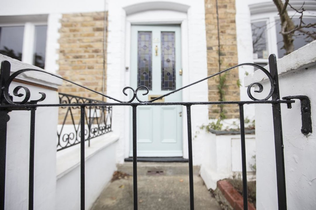 House - Terraced For Sale in Mount Ash Road, SE26 239 view20