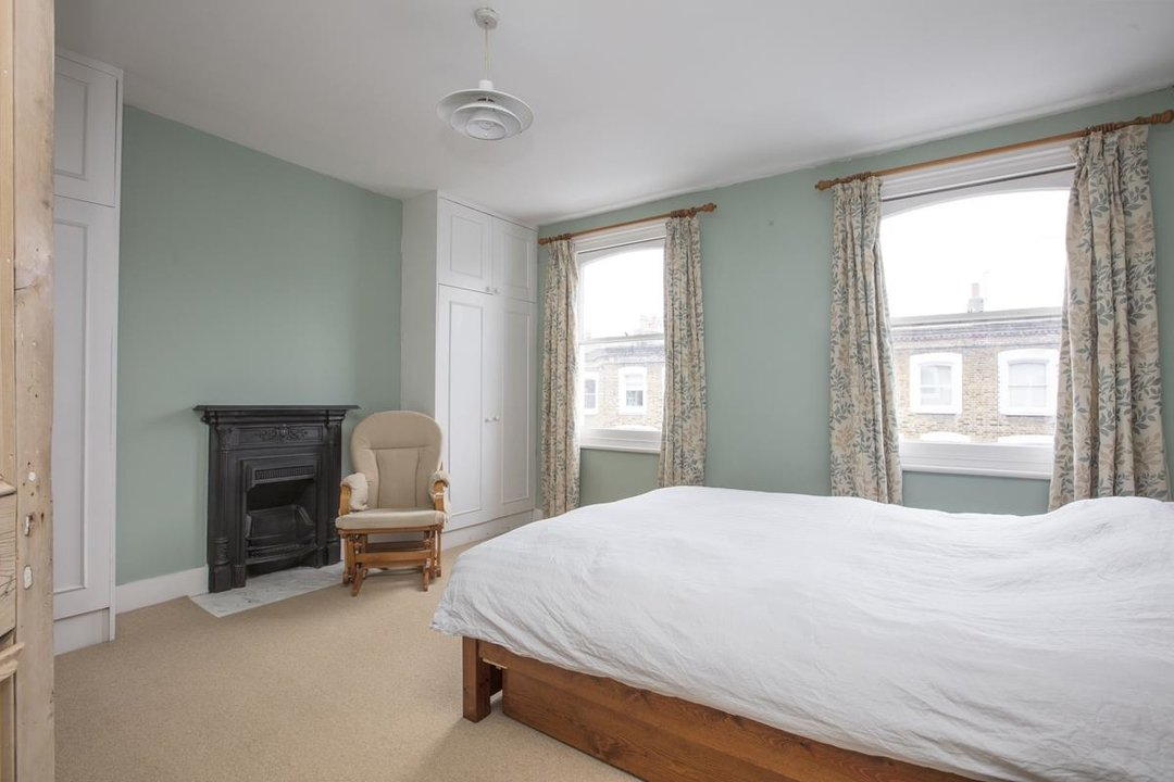 House - Terraced For Sale in Mount Ash Road, SE26 239 view15