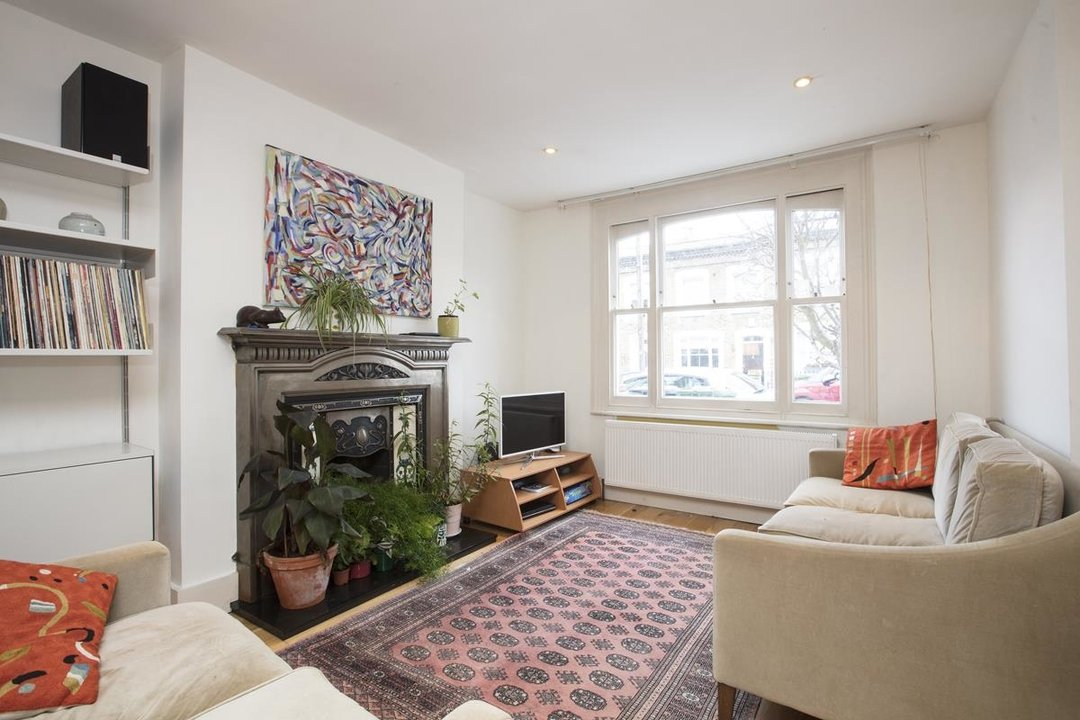 House - Terraced For Sale in Mount Ash Road, SE26 239 view3