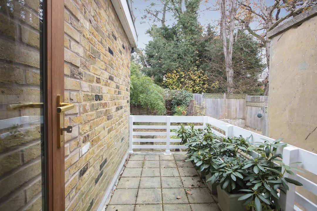 House - Terraced For Sale in Mount Ash Road, SE26 239 view11