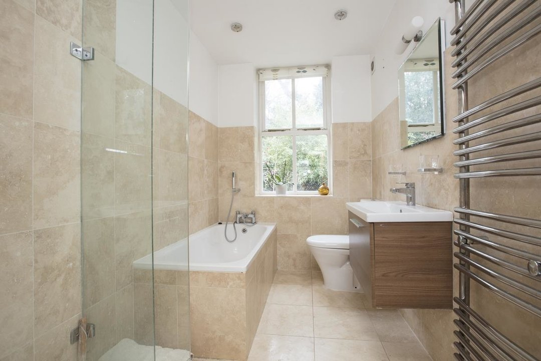 House - Terraced For Sale in Mount Ash Road, SE26 239 view14