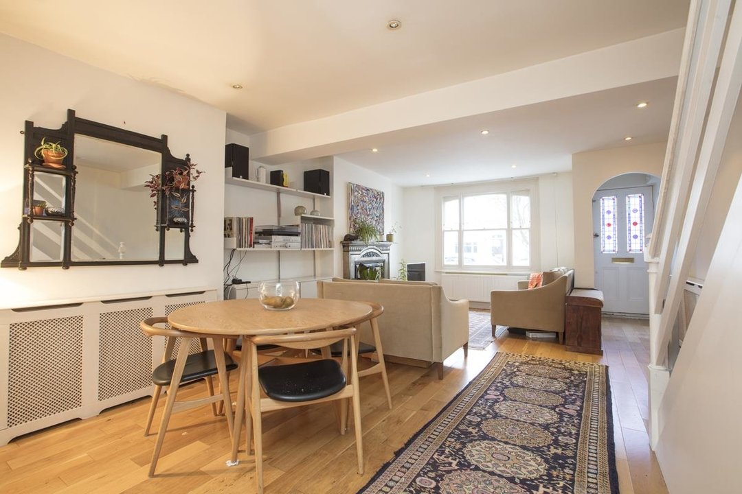 House - Terraced For Sale in Mount Ash Road, SE26 239 view2