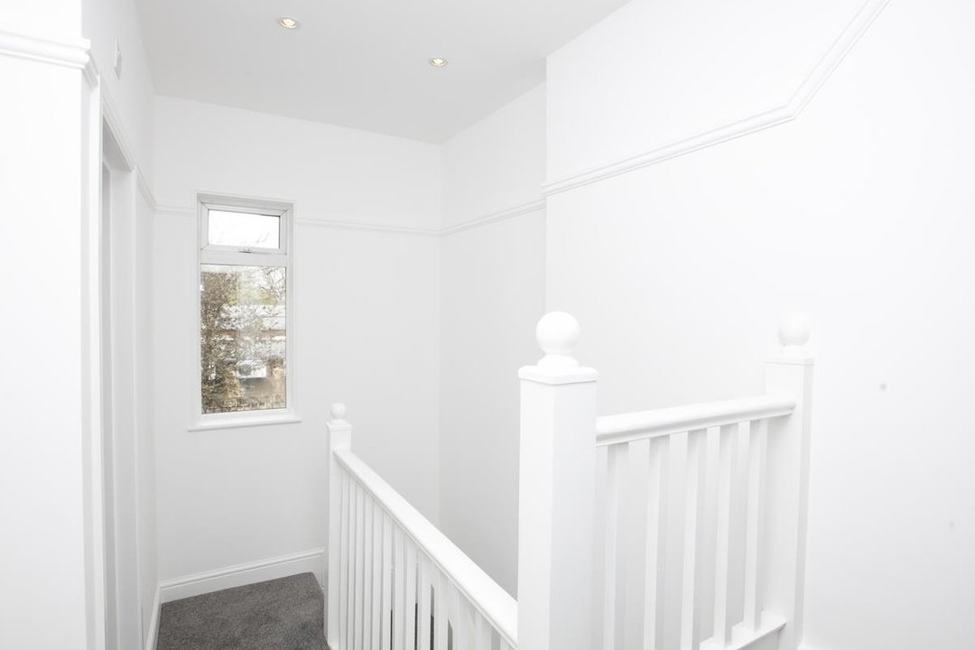 House - Terraced For Sale in New Church Road, SE5 301 view11