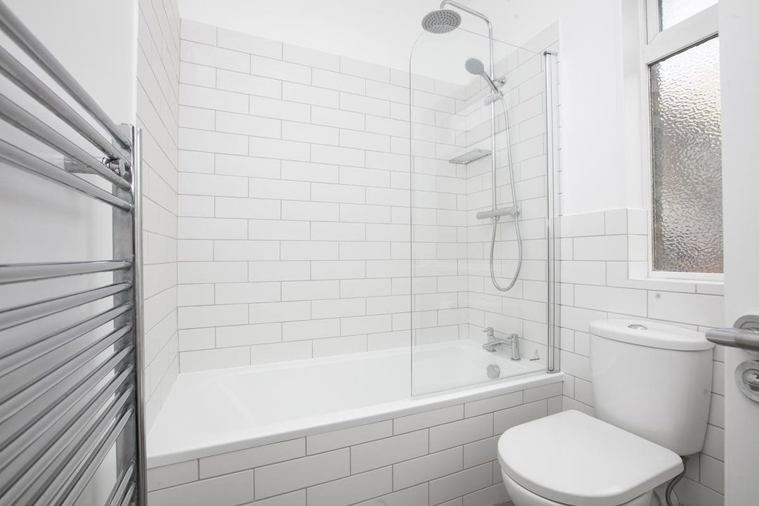 House - Terraced For Sale in New Church Road, SE5 301 view7