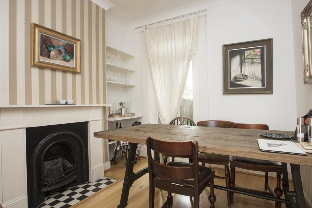 House - Terraced For Sale in Nigel Road, SE15 206 view4