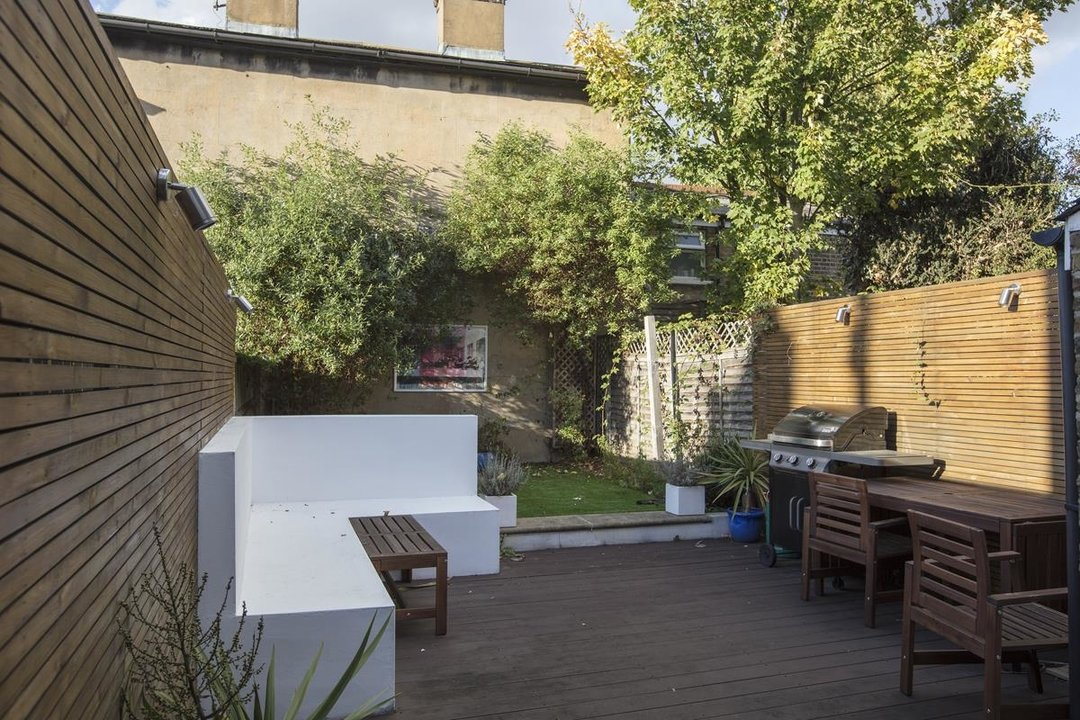 House - Terraced For Sale in Nigel Road, SE15 206 view5