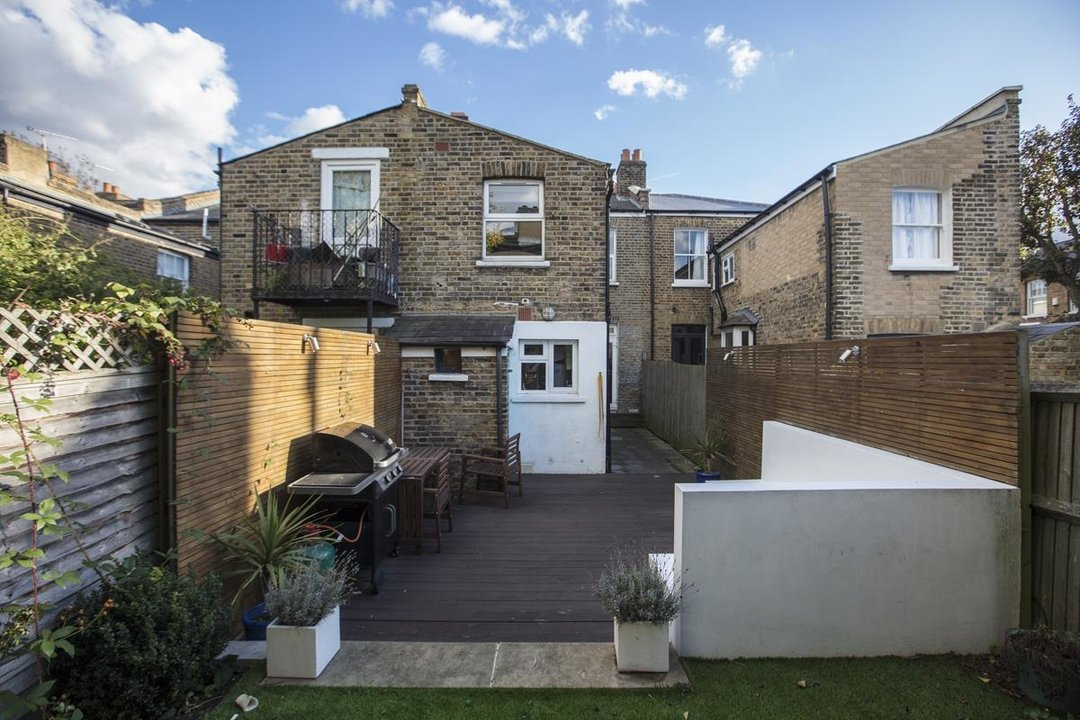 House - Terraced For Sale in Nigel Road, SE15 206 view13