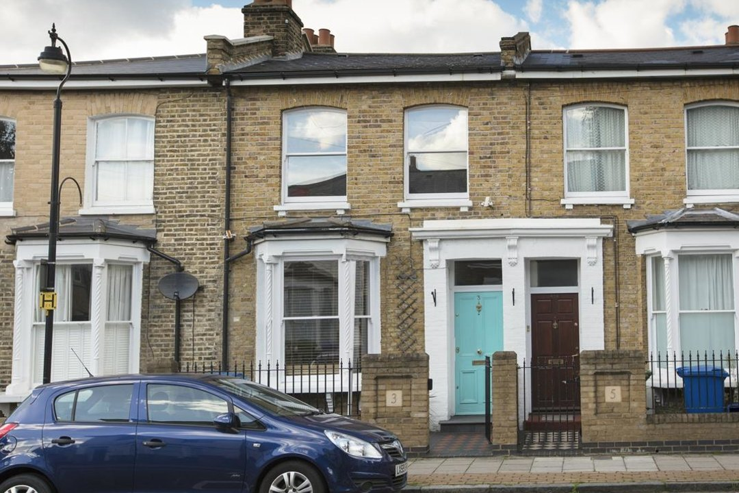 House - Terraced For Sale in Nigel Road, SE15 206 view1