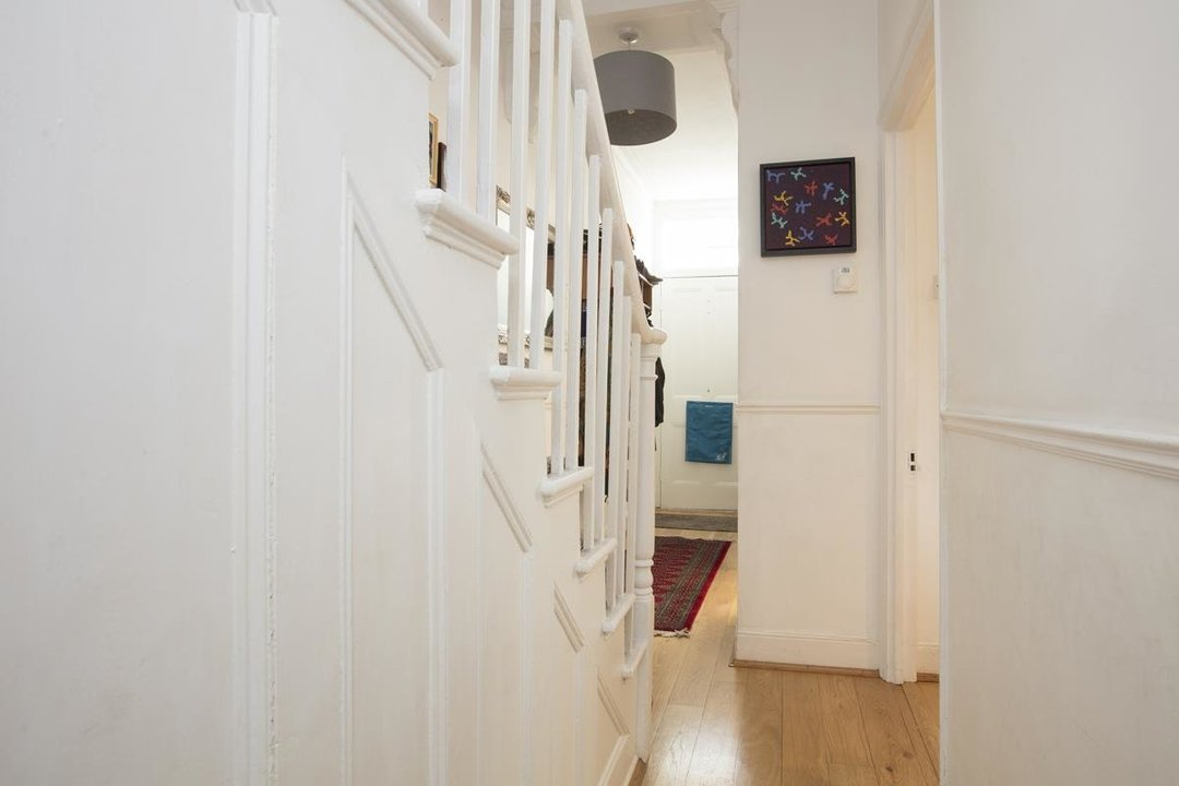 House - Terraced For Sale in Nigel Road, SE15 206 view6