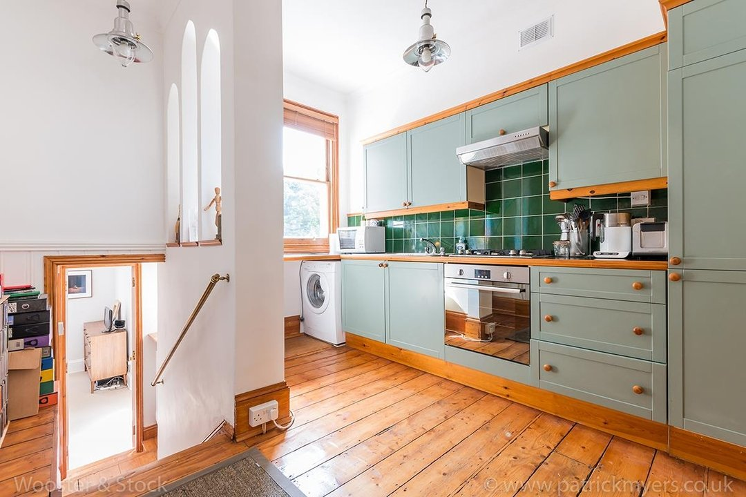 Flat/Apartment Sale Agreed in Oakhurst Grove, SE22 70 view6