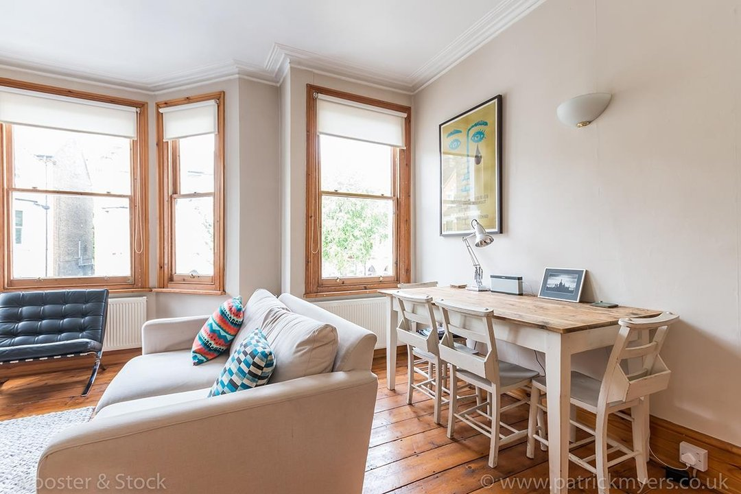 Flat/Apartment Sale Agreed in Oakhurst Grove, SE22 70 view7