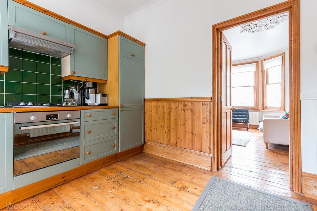 Flat/Apartment Sale Agreed in Oakhurst Grove, SE22 70 view4