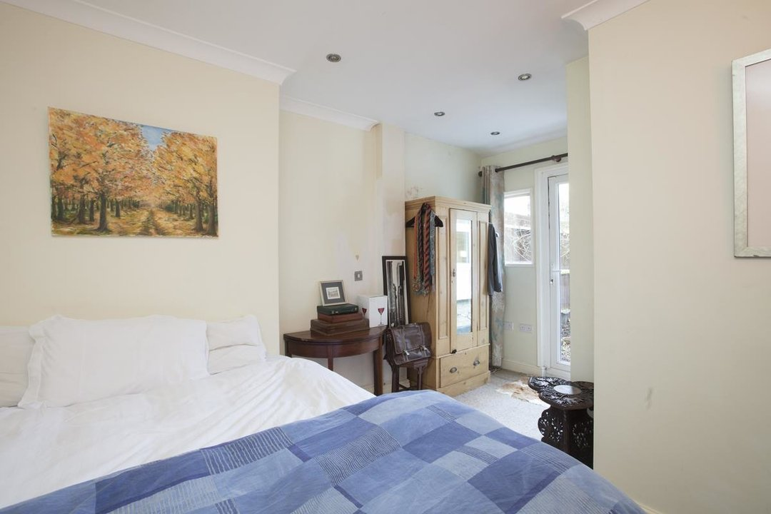 Flat - Conversion Sale Agreed in Overcliff Road, SE13 270 view7