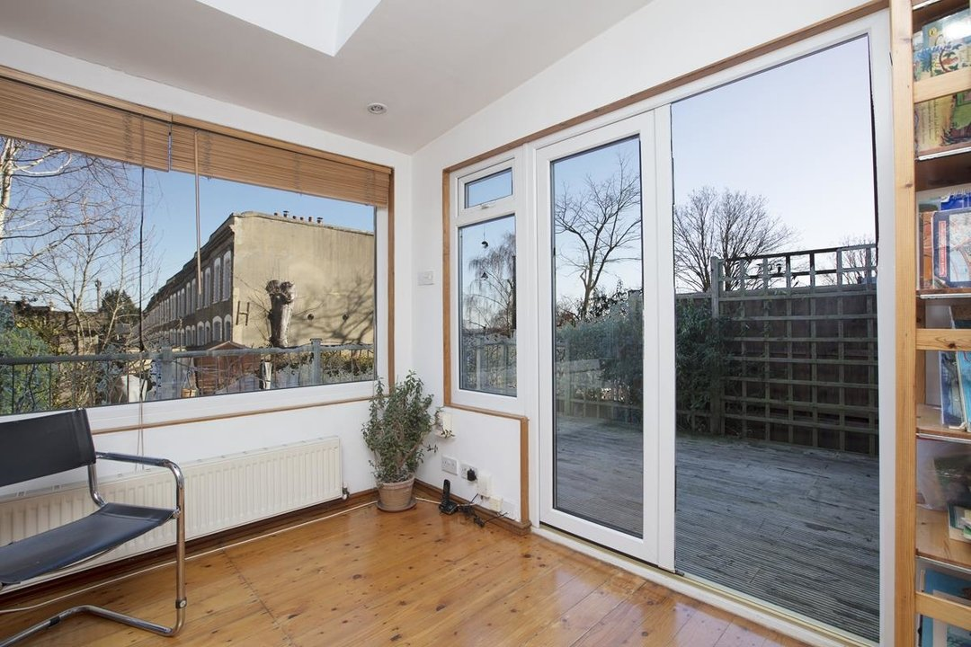 House - Terraced Sale Agreed in Panmure Road, SE26 271 view5
