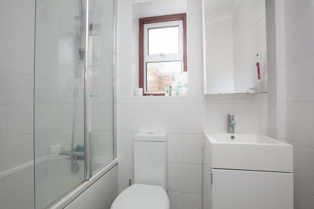 Flat/Apartment For Sale in Paulet Road, SE5 282 view9