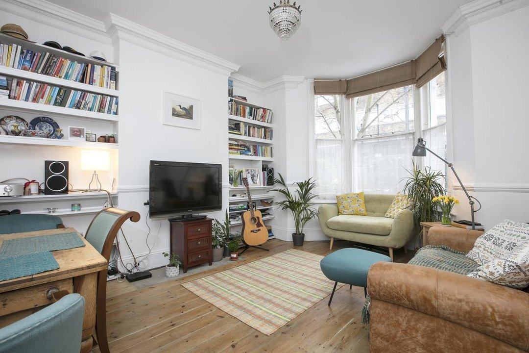 Flat/Apartment For Sale in Paulet Road, SE5 282 view1