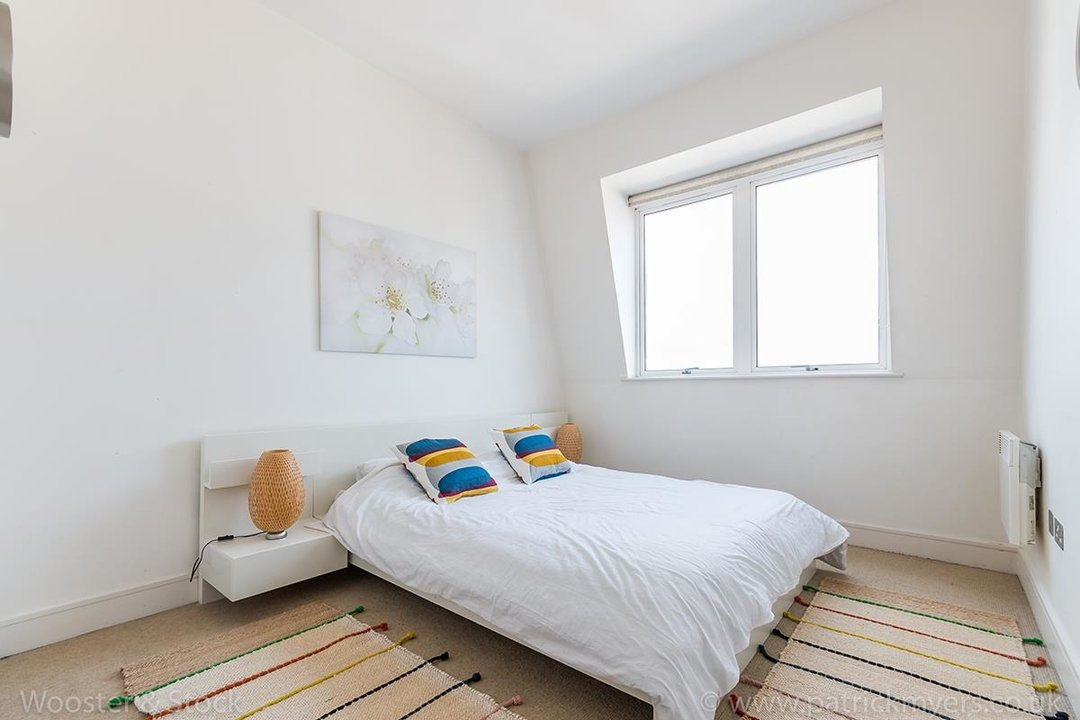 Flat/Apartment For Sale in Peckham Grove, SE15 202 view10