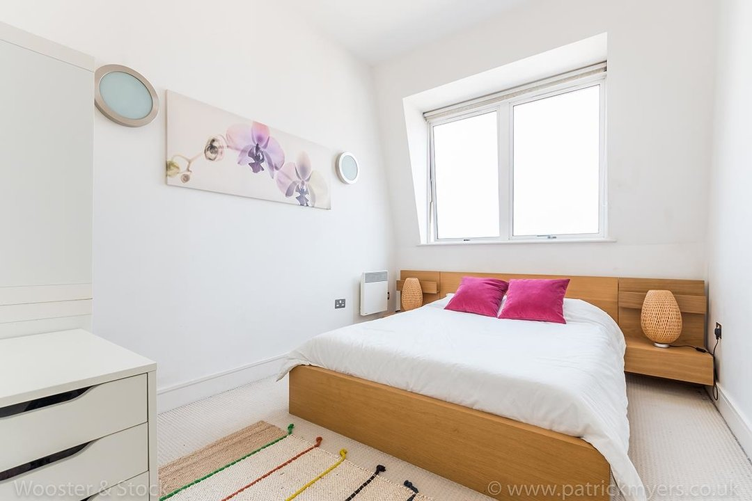 Flat/Apartment For Sale in Peckham Grove, SE15 202 view8