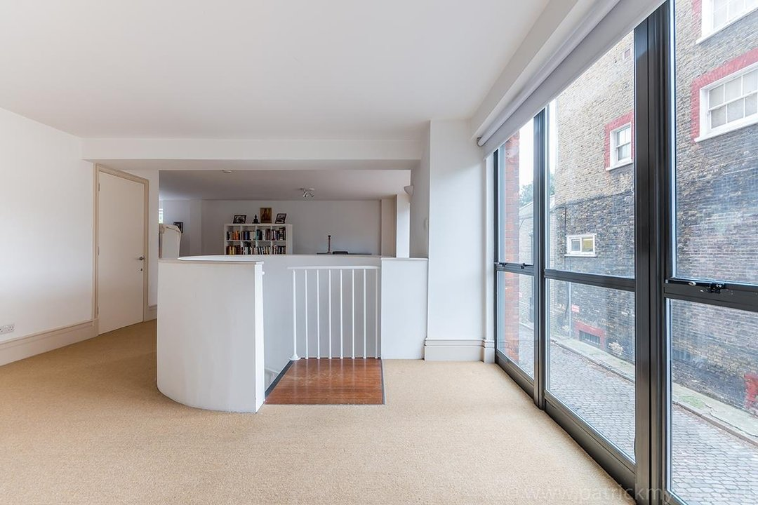 Flat/Apartment For Sale in Peckham Road, SE5 44 view20