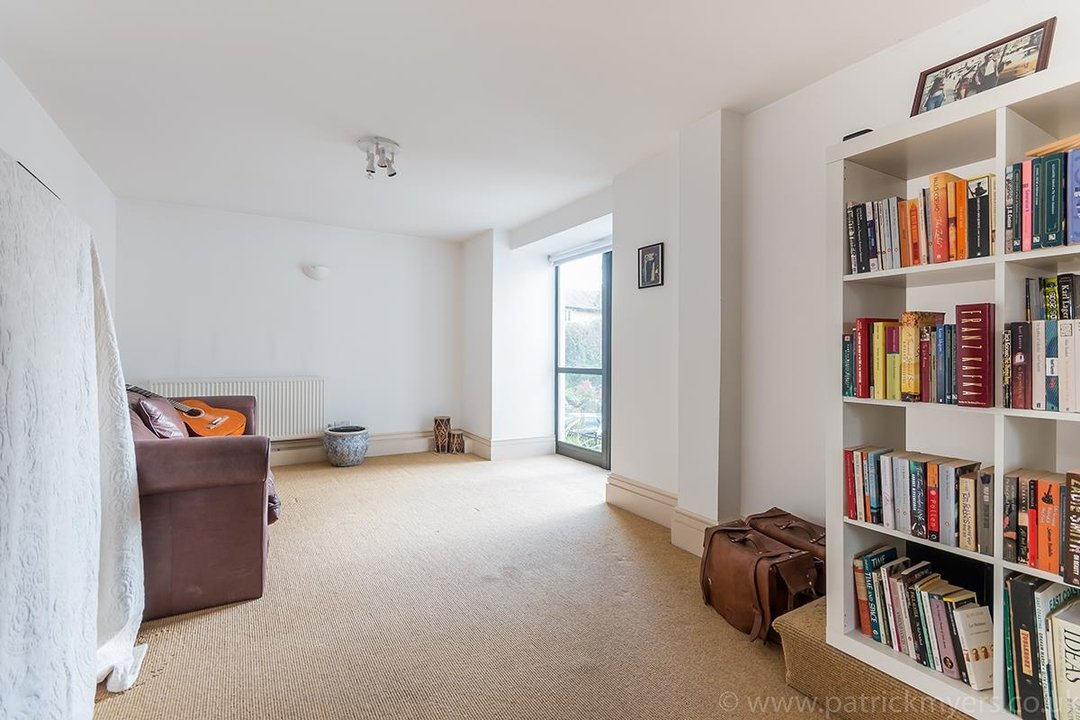 Flat/Apartment For Sale in Peckham Road, SE5 44 view12