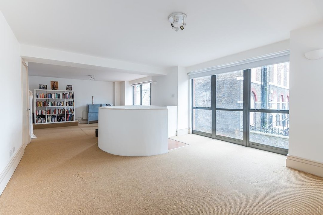 Flat/Apartment For Sale in Peckham Road, SE5 44 view19