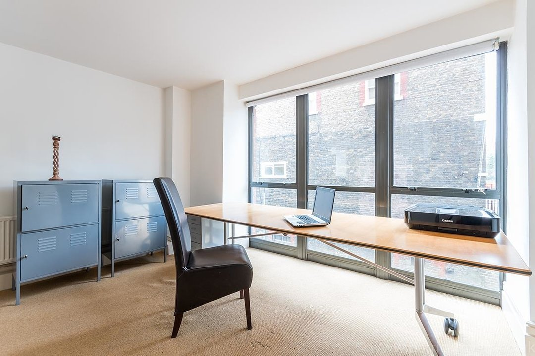 Flat/Apartment For Sale in Peckham Road, SE5 44 view14