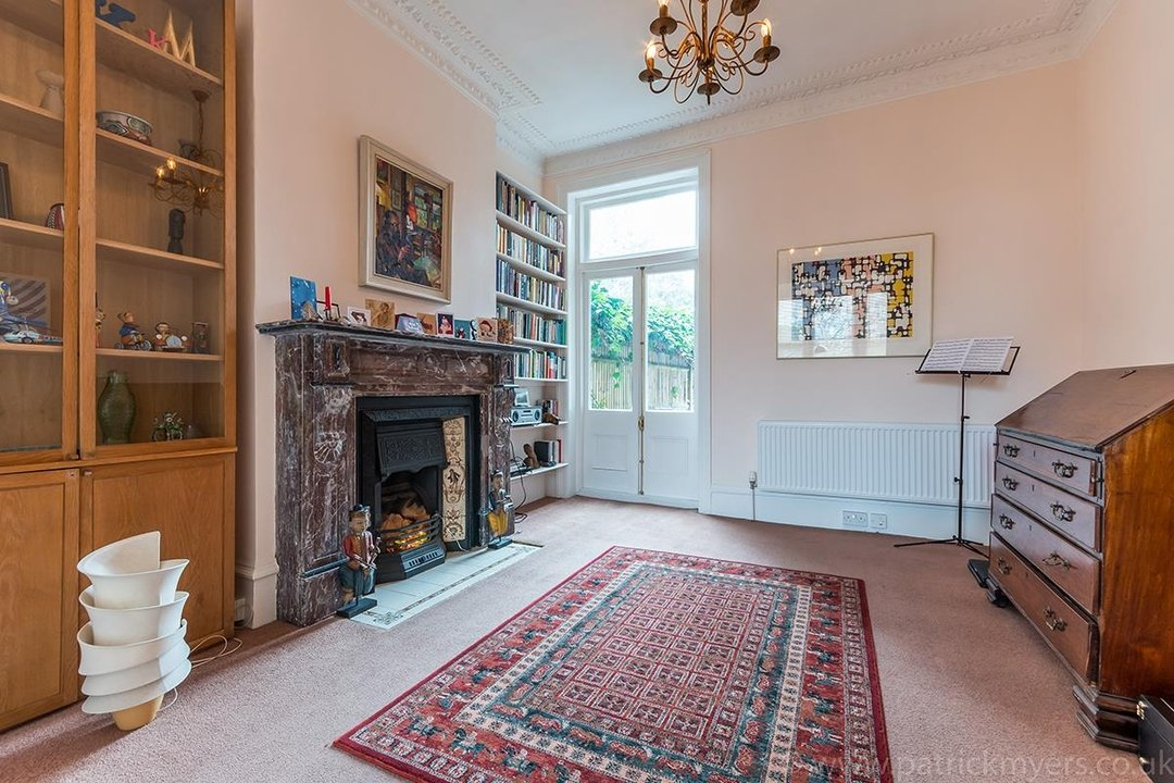 House - Terraced Sold in Peckham Rye, London SE15 119 view5