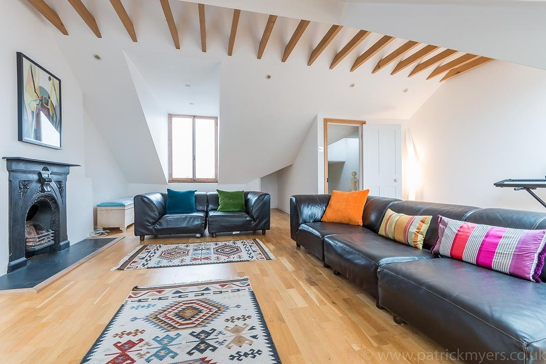 House - Terraced Sold in Peckham Rye, London SE15 119 view14