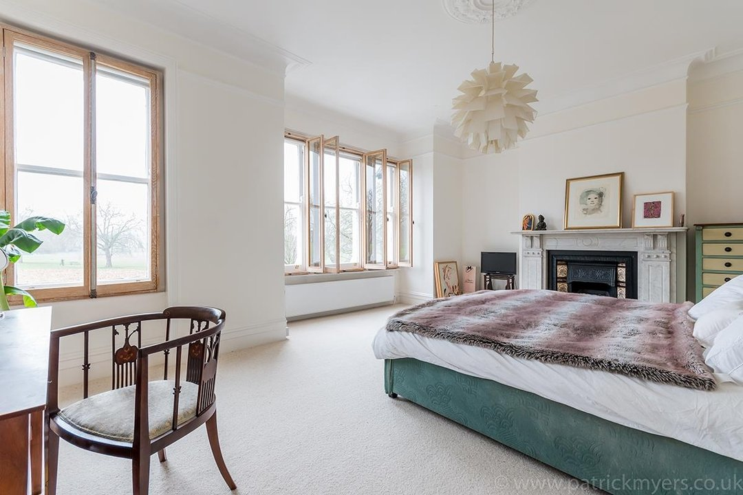 House - Terraced Sold in Peckham Rye, London SE15 119 view9