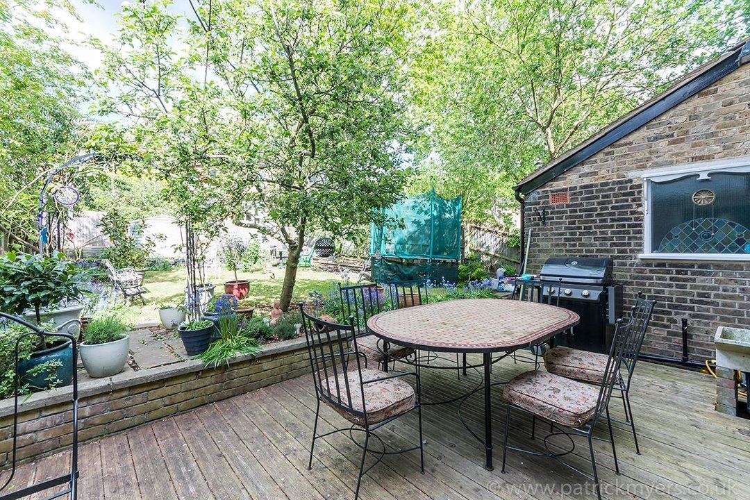 House - Semi-Detached For Sale in Perry Vale, SE23 89 view13