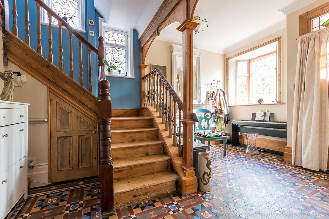 House - Semi-Detached For Sale in Perry Vale, SE23 89 view3