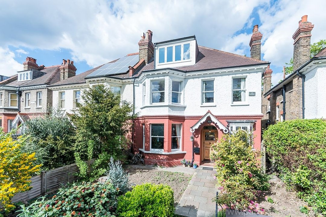 House - Semi-Detached For Sale in Perry Vale, SE23 89 view1