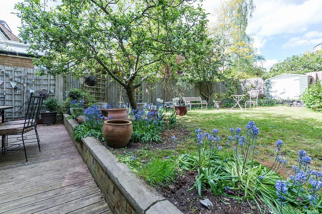 House - Semi-Detached For Sale in Perry Vale, SE23 89 view22