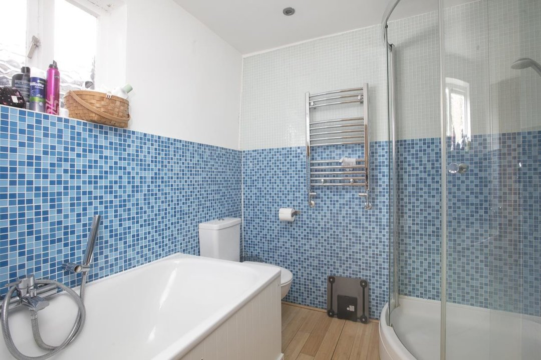 House - Terraced Sale Agreed in Rainbow Street, SE5 284 view11