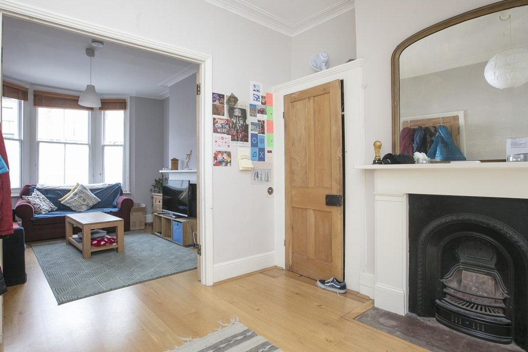 House - Terraced Sale Agreed in Rainbow Street, SE5 284 view4