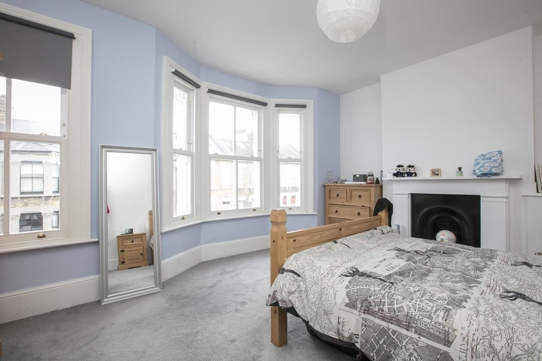 House - Terraced Sale Agreed in Rainbow Street, SE5 284 view8
