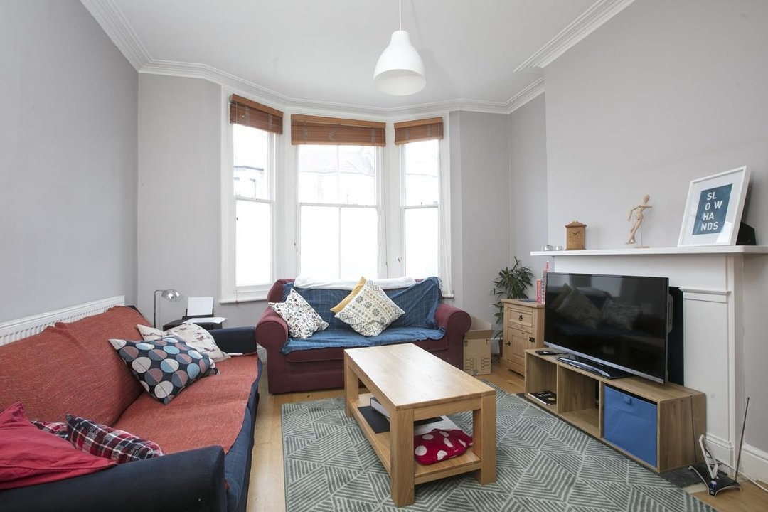 House - Terraced Sale Agreed in Rainbow Street, SE5 284 view3