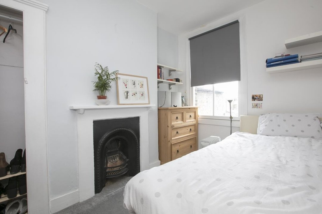 House - Terraced Sale Agreed in Rainbow Street, SE5 284 view13