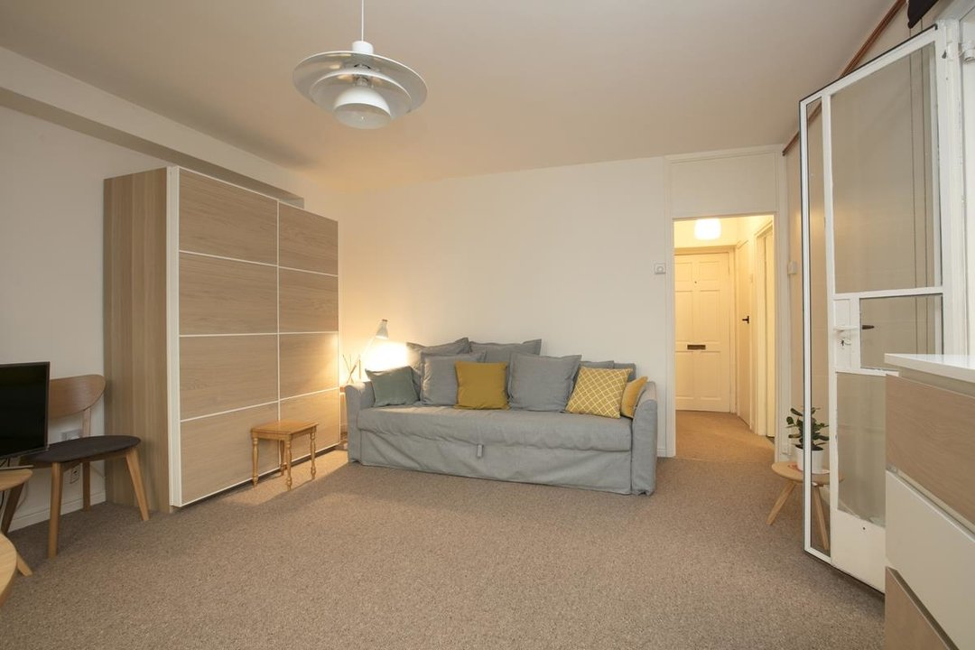Flat - Purpose Built For Sale in Ruskin Park House, Champion Hill, SE5 212 view4