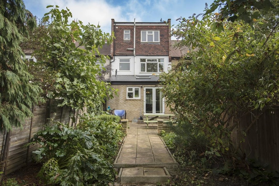 House - Terraced Sold in Rye Road, SE15 199 view9