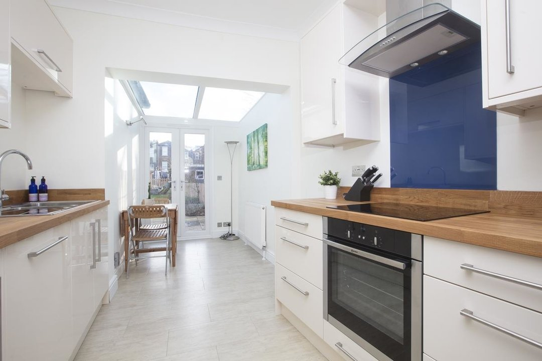 House - Terraced For Sale in Scylla Road, SE15 249 view3